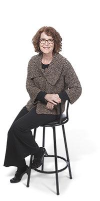 """<a href=""""http://www.frameworkpartners.com/who-we-are/team/carolyn-craig/"""">Carolyn Craig</a>"""